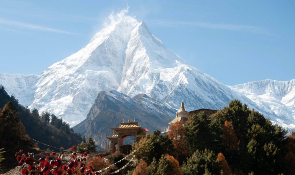 Mt-Makalu-Nepal-allows-Himalayan-expedition-NT